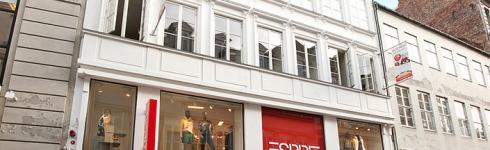 Blandt de mange transaktioner, der har fået volumen op i 2015, er et højt antal af high street ejendomme. Her Købmagergade i København.