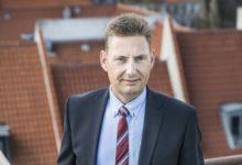 Robert Neble Larsen stopper hos EDC Erhverv Poul Erik Bech