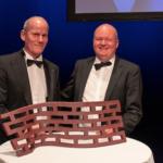Olav de Linde (tv) ved prisoverrækkelsen af Erhverv Aarhus prisen.