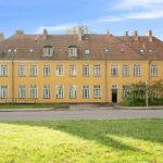Annebergparken 16 i Nykøbing Sjælland er blandt de 22 ejendomme, Freja Ejendomme nu sælger. Foto: Esoft